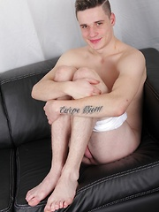 College boy Calvin Rosse masturbates with sneaker.