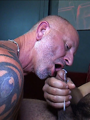Daddy Scott Snow Breeds Trey Turners Candy Hole