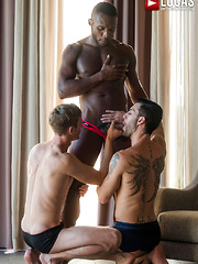 ANDY STAR AND CHRISTIAN HAYNES SERVICE ANDRE DONOVAN'S BIG BLACK COCK