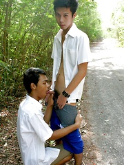 Asian boys have creamy session after college
