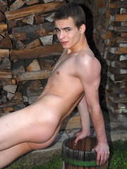Daryl is hot, smooth and ripped guy with nice abs, from Luis Blava collection
