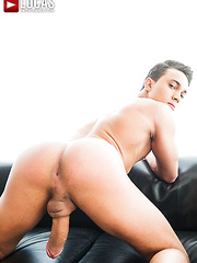 Joey Pele Fulfills Craig Daniels' Bottoming Desire